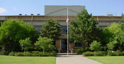 Custer-county-district-court-in-arapaho-oklahoma.jpg